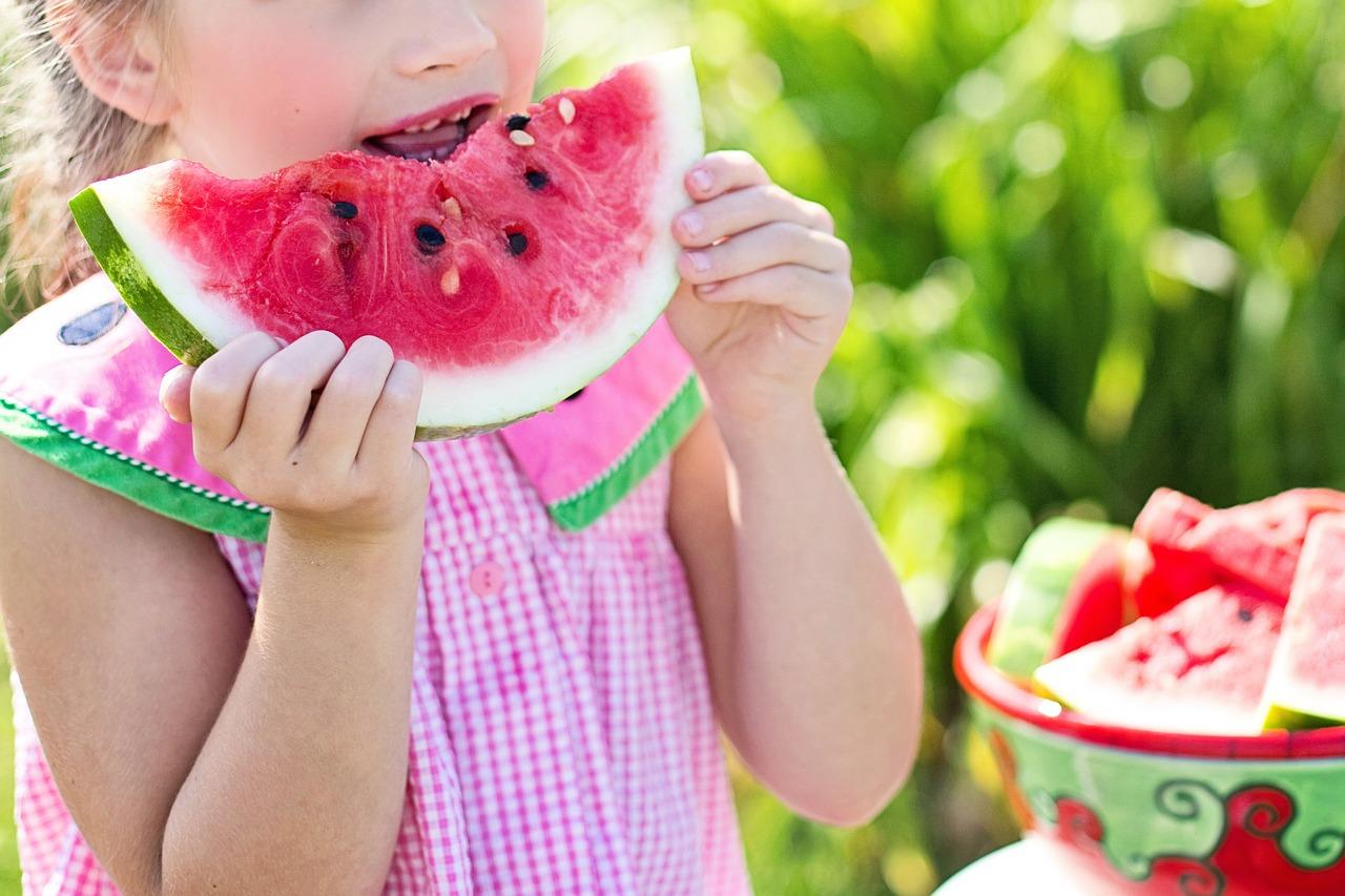 Edukacja żywieniowa dzieci imłodzieży